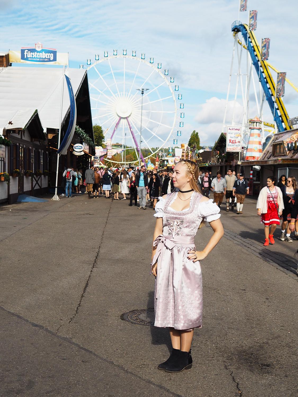 A Guide to the Oktoberfest in Stuttgart – the Wasn
