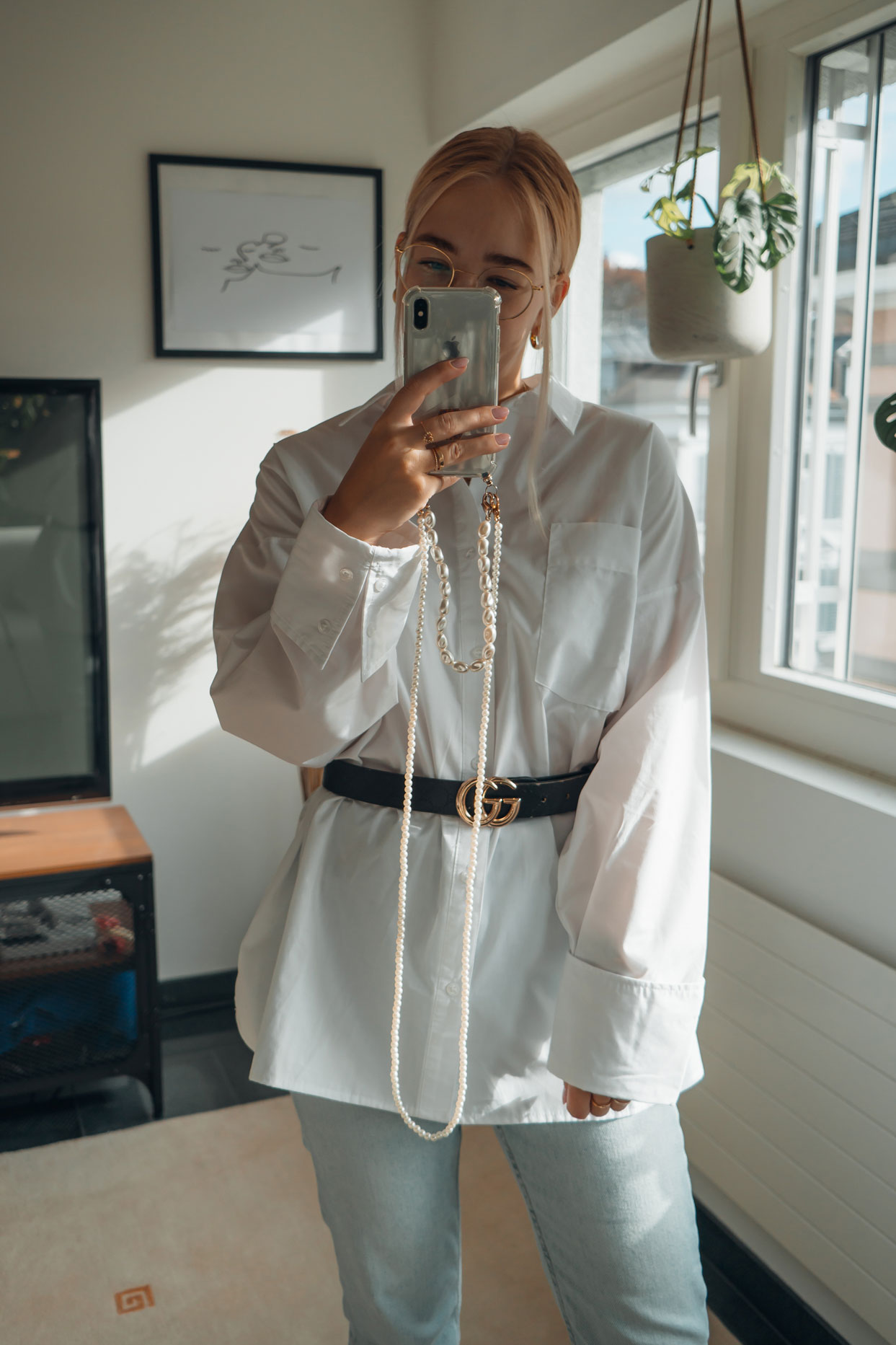 How to style oversized shirts